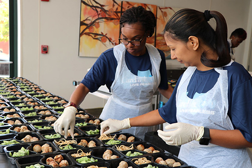 CareFirst associates volunteer at Moveable Feast.